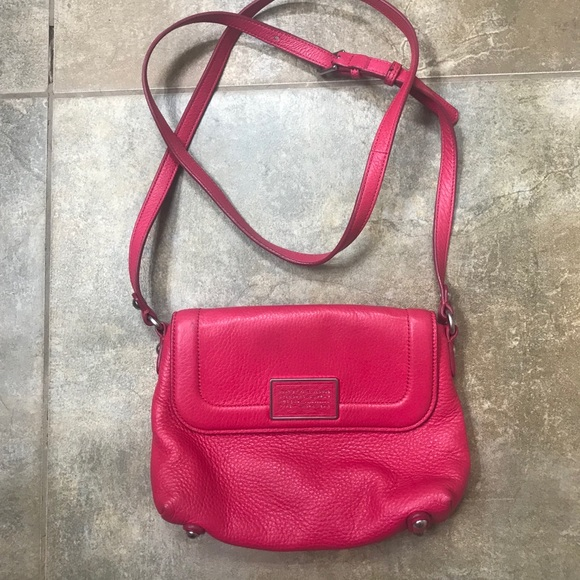 Marc By Marc Jacobs Handbags - Gorgeous leather Marc by Marc Jacobs crossbody